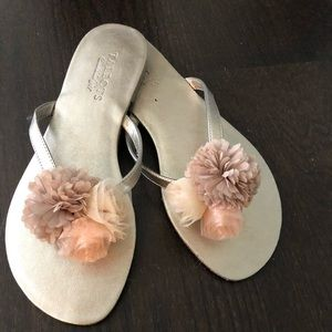 NWOT Talbots Flip Flops with Detail at Toe